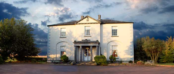 Blanchville Country House, coach yard & Spa : offering Bed and Breakfast Accommodation in Blanchville House, whole House Rental of Blanchville or Rental of the three self catering Holiday Homes located within the coach yard : all are within 5 minutes of Kilkenny city